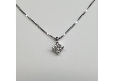 armonie-progetti-oro-Girocollo-oro-bianco-con-diamante-taglio-brillante-su-griffe-p30px350-010