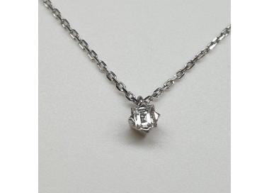 Girocollo-oro-bianco-con-diamante-taglio-brillante-owdp