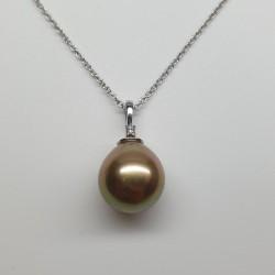 Coscia-Pendente-oro-bianco-con-perla-naturale-dorata-oxhs