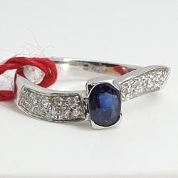 Recarlo-Anello-oro-bianco-diamanti-zaffiro-A425-bz