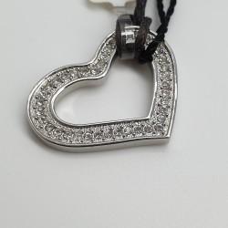 Details-Ciondolo-cuore-cristalli-bianchi-fj0047
