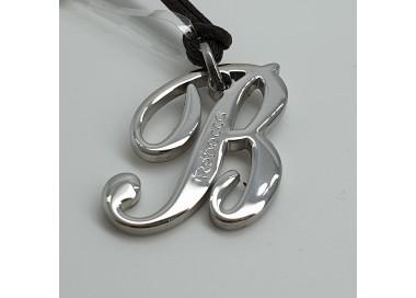 Rebecca-Pendente-acciaio-lucido-iniziale-lettera-B-Xwrmbb02