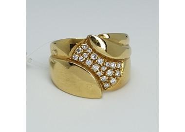 Anello-oro-giallo-con-diamanti-taglio-brillante-an910-026
