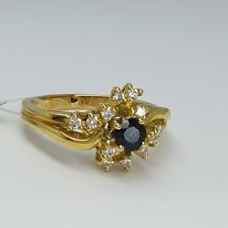 anello-oro-giallo-diamanti-e-zaffiro-Cv640-g1