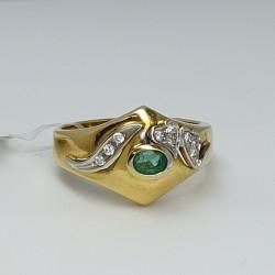Anello-oro-giallo-e-oro-bianco-con-diamanti-taglio-brillante-smeraldo-taglio-ovale-ncwj