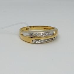 Anello-oro-bianco-con-diamanti-taglio-brillante-niiy