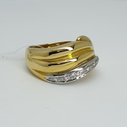 Anello-fascia-oro-giallo-oro-bianco-con-diamanti-taglio-brillante-ntvu