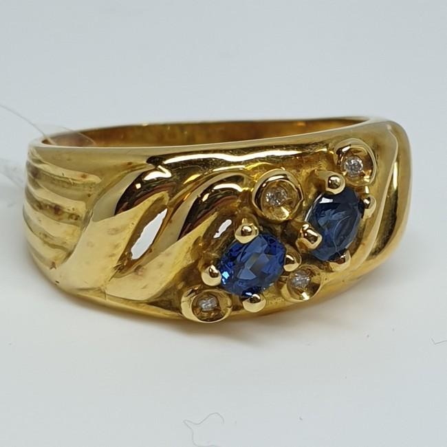 anello-fascia-oro-giallo-zaffiri-taglio-ovale-e-diamanti-taglio-brillante