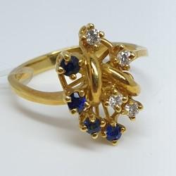 anello-oro-giallo-con-zaffiri-e-diamanti-taglio-brillante