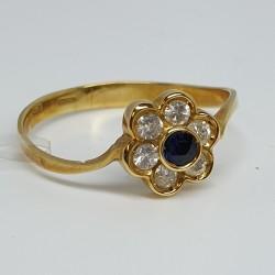 anello-in-oro-giallo-fiore-con-zaffiro-e-diamanti-taglio-brillante