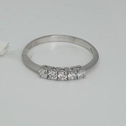 anello-veretta-in-oro-bianco-con-5-zirconi-bianchi