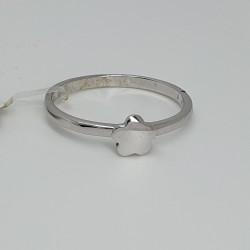 anello-in-oro-bianco-lucido-con-fiore