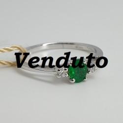 Armonie-by-Progetti-Oro-Anello-oro-bianco-diamanti-smeraldo-P2p1